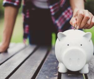 Rahatarkuse kursus õpetab kuidas hinnata oma rahaasjade seisu ja vajadusel seda parandada, kasutades erinevaid planeerimis- ja säästunippe.