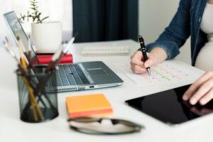 Aja planeerimine ja töö organiseerimine digivahenditega e-kursusel saad ülevaate erinevatest rakendustest ja veebilahendustest, mille abil hallata aega ja organiseerida oma töid ning õpinguid.